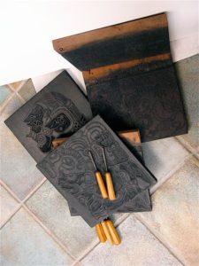 Mayaglyph Træsnit af Jorn Bie