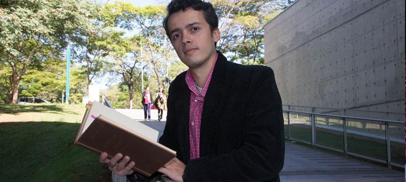 Daniel Glaydson Ribeiro, autor da tese - Foto: Marcos Santos/USP Imagens