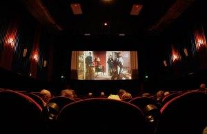 Acesso de deficientes visuais ao cinema é desbravado em pesquisa