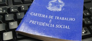 Especialista comenta reforma trabalhista do governo interino