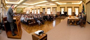 Professores compartilham práticas de ensino na graduação