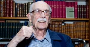 Professor Antonio Candido morre aos 98 anos