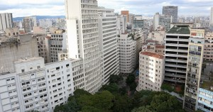 Imóveis vazios são problemas em Londres e São Paulo