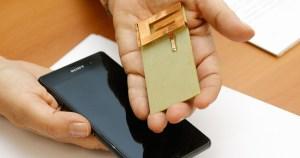 Novo formato de antena aumenta eficiência de telefone celular