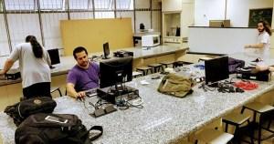 Tendência colaborativa cresce no Instituto de Física com Hackerspace