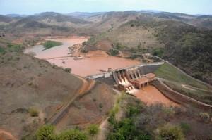 Documentos já indicavam risco alto de rompimento da barragem em Mariana