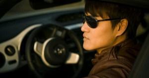 Aparelho inédito mostra se óculos de sol podem ser usados para dirigir
