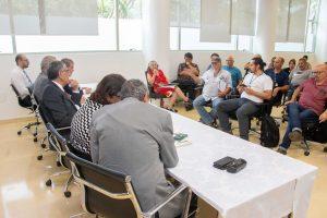 Reitor recebe nova diretoria do Sindicato dos Trabalhadores da USP