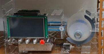 Visita do reitor Vahan Agopyan e equipe de pesquisadores  ao CTMSP (Centro Tecnólogico da Marinha) para ver o projeto de Ventilador Pulmonar Aberto de baixo custo para ser usado a pandemia COVID-19. Foto: Cecília Bastos/USPimagens