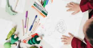 USP busca voluntários para pesquisa sobre impacto da privação no ambiente escolar no desenvolvimento infantil