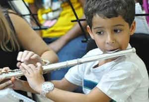 Projeto estimula talento musical de crianças de Ribeirão Preto