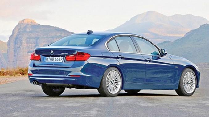 BMW lança sedã