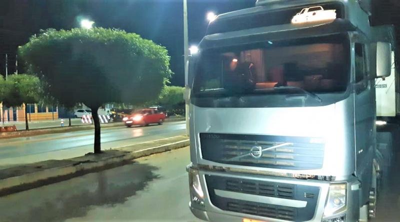 PRF da Bahia recupera caminhão roubado há 6 anos