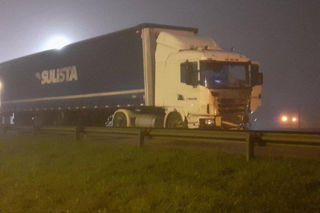 Áudio mostra o desespero de caminhoneiro envolvido no engavetamento na BR-277