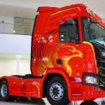 Economia de 15% em diesel: Caminhões Scania começam a sair de fábrica com sistema Actcruise