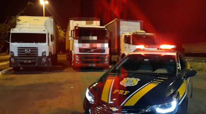 PRF recupera carga avaliada em R$1 milhão e apreende dois caminhões em Pedra Preta/MT