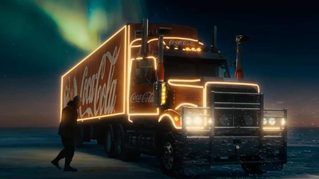 Coca-Cola trás Papai Noel como caminhoneiro na campanha do Natal 2020