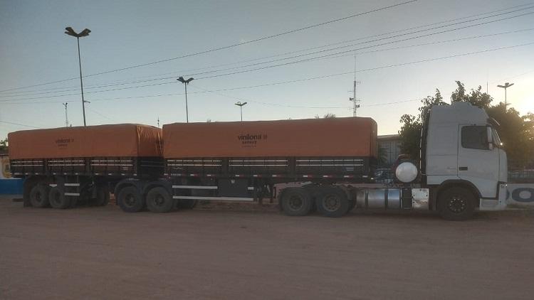 Polícia Civil recupera carreta com 48 toneladas de milho roubadas na BA