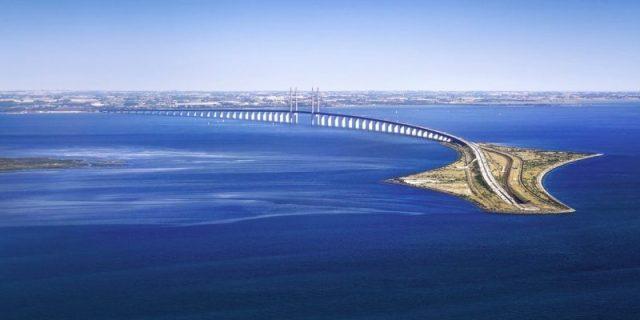 Conheça a Ponte Impossível que desaparece no oceano  1