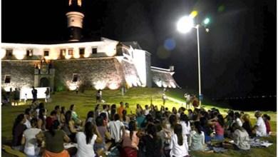 Photo of Salvador: Fundação Arte de Viver promove Meditação da Lua Cheia no Farol da Barra