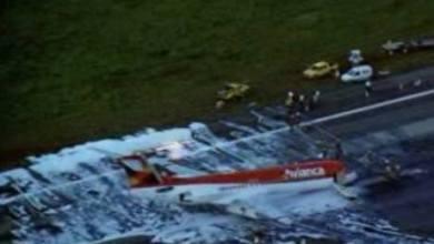 """Photo of Avião da Avianca faz pouso de """"barriga"""" no Aeroporto de Brasília"""