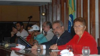 Photo of Deputada do PT participa de ato do Movimento Luta pela Terra