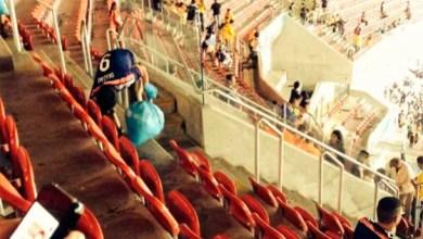 Photo of Copa 2014: Torcedores japoneses dão exemplo e limpam estádio após derrota