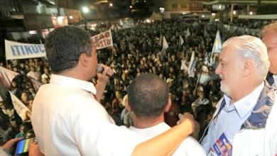 """Photo of Rui pede que o povo compare, para votar """"na melhor estrada"""""""