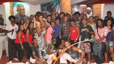Photo of Jovens negros baianos querem mais educação e oportunidade no mercado de trabalho, diz Suíca