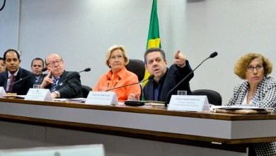 Photo of Especialistas defendem revisão de acordo ortográfico; confira os pontos polêmicos