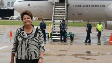 Photo of Após campanha, Dilma descansa em base naval na Bahia
