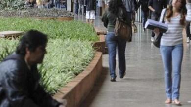 Photo of Alunos mais pobres ampliam presença em universidades públicas