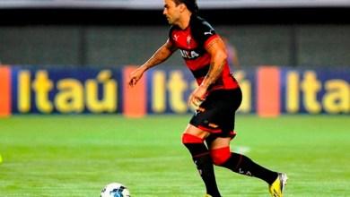 Photo of Vitória confirma presença de volante em duelo contra o Santos