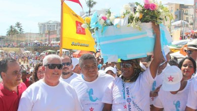 Photo of Dia de Iemanjá: Valmir segue cortejo do PT com militância e movimentos sociais