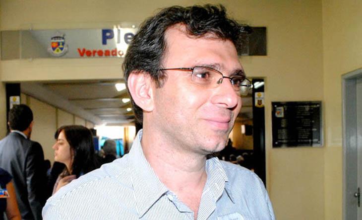 Chapada: Ex-prefeito de Rio de Contas segue internado em hospital de Vitória da Conquista