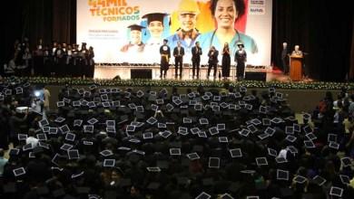 Photo of Salvador tem mais 2.460 técnicos de nível médio; solenidade é marcada pela presença do governador