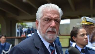 Photo of Ajuste fiscal não vai prejudicar compra de caças suecos, afirma Jaques Wagner