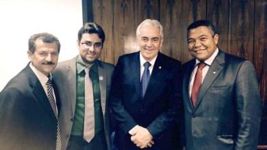 Photo of Valmir e Otto apoiam reeleição do prefeito Luiz Vicente em Sobradinho