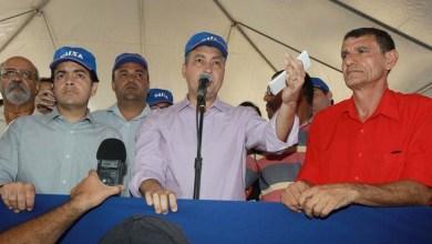 Photo of Governador entrega moradias que beneficiam mais de duas mil pessoas em Irecê