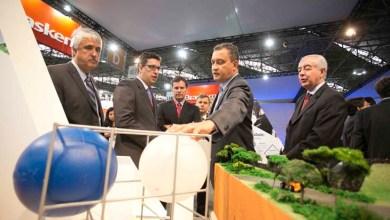 Photo of Governo firma parceria que garante apoio à indústria termoplástica