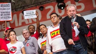 Photo of 'Se alguém sacaneou ou roubou a Petrobras, que pague pelo roubo', diz Lula