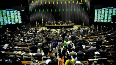 Photo of Deputados federais aprovam Medida Provisória sobre dívidas tributárias