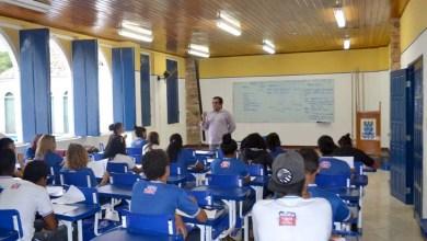 Photo of Chapada: Cineasta coordena oficina de roteiro para estudantes no Campus Avançado da Uefs em Lençóis