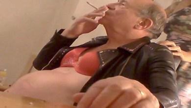 Photo of Parlamentar britânico renuncia após aparecer em vídeo cheirando cocaína