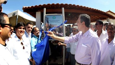 Photo of Bahia: Duas mil pessoas recebem moradias em Bom Jesus da Lapa