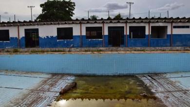 Photo of Sede da AABB em Ipirá está abandonada e é apontada como foco de mosquitos Aedes Aegypti