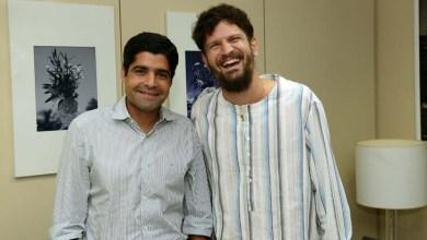 Photo of Cantor Saulo e prefeito ACM Neto batem papo sobre cultura e sustentabilidade