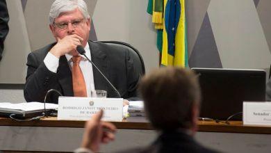 Photo of Brasil: Advogadas pedem impeachment do procurador-geral Rodrigo Janot ao Senado