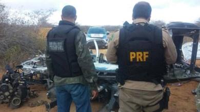 Photo of Policiais da PRF e da PC desarticulam desmanche de veículos na Chapada Diamantina