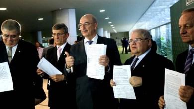 Photo of Manifesto de 22 deputados do PMDB é contra negociação de cargos no governo; veja quem são